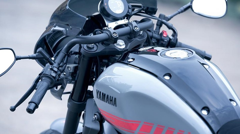 ヤマハ XSR900 Abarth